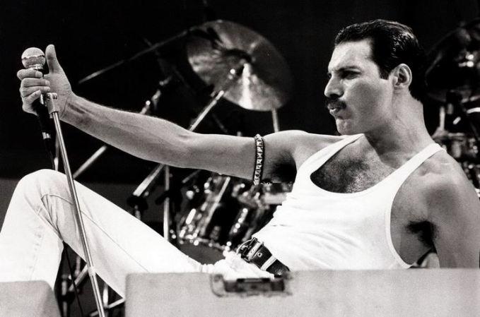 Freddie Mustache