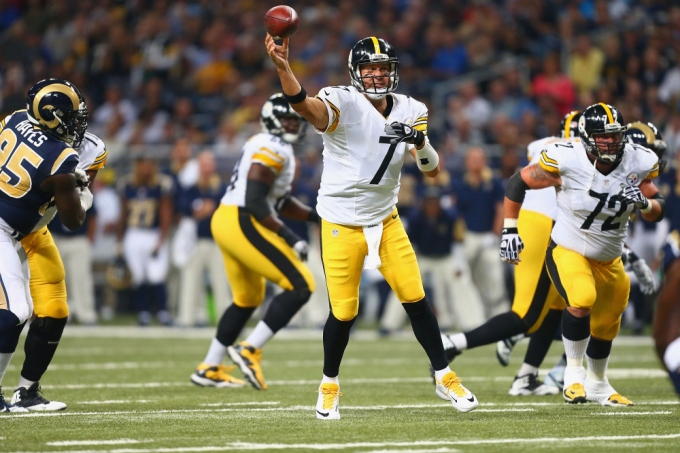 Pittsburgh Steelers v St. Louis Rams